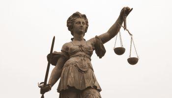 Perito-Derecho-Empresarial